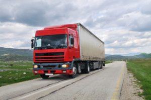 Cómo la soledad de los camioneros afecta su seguridad